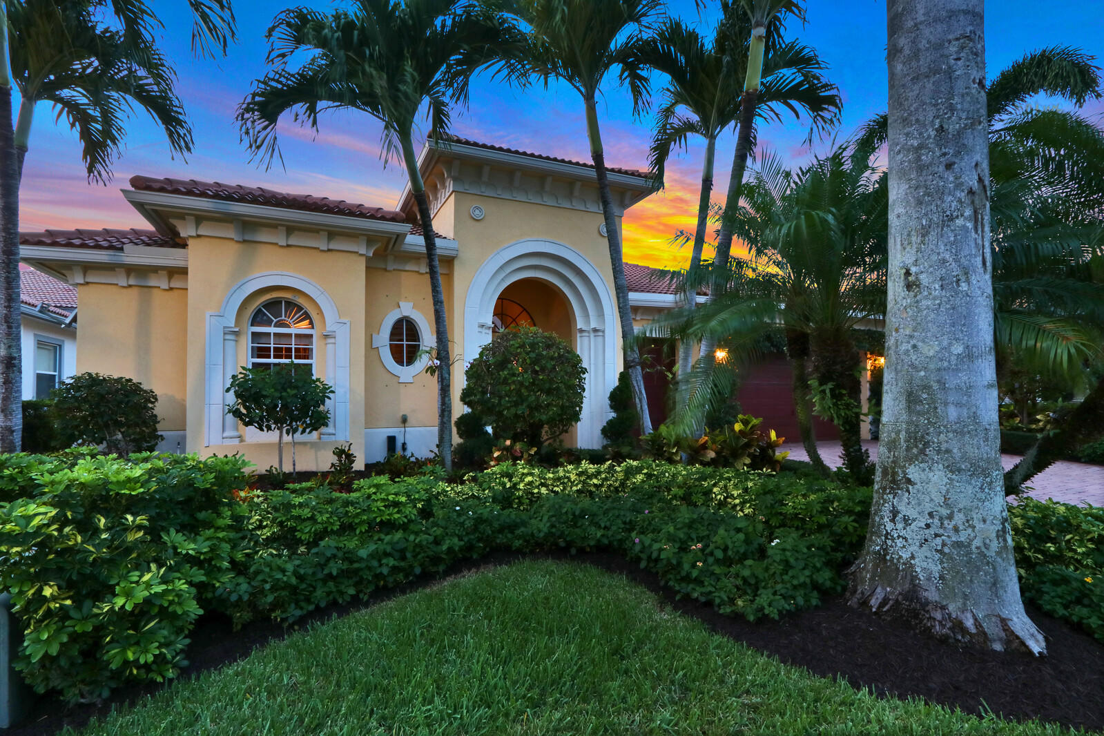 Home for sale in FRENCHMANS RESERVE PCD E Palm Beach Gardens Florida