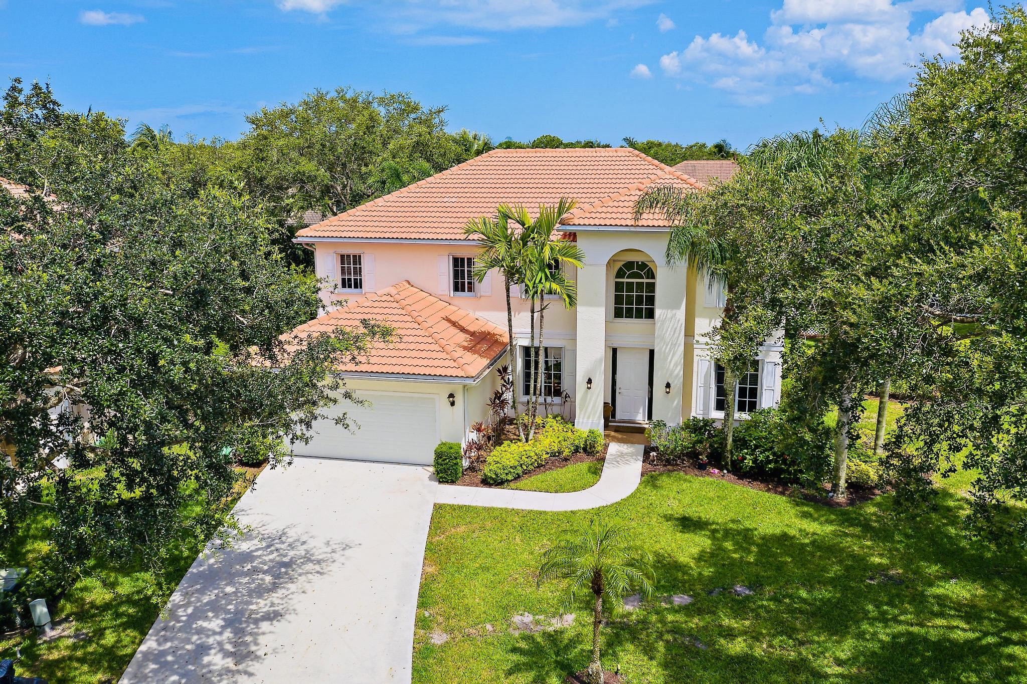 Photo of 220 Blackbird Lane, Jupiter, FL 33458