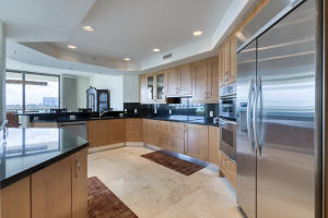 3630  Gardens Parkway 601c For Sale 10637327, FL