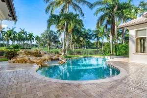 215 Royal Palm Way Boca Raton, FL 33432 photo 16