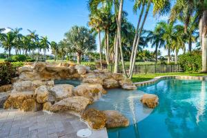 215 Royal Palm Way Boca Raton, FL 33432 photo 20