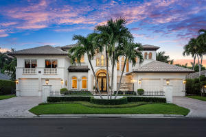 215  Royal Palm Way  For Sale 10637656, FL