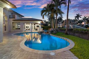 215 Royal Palm Way Boca Raton, FL 33432 photo 17