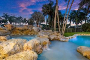 215 Royal Palm Way Boca Raton, FL 33432 photo 19