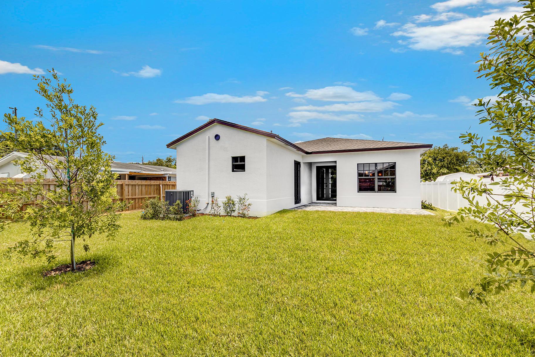 7606 S Olive Avenue West Palm Beach, FL 33405 photo 20