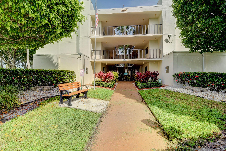 Home for sale in Las Verdes Banyan Condo Delray Beach Florida