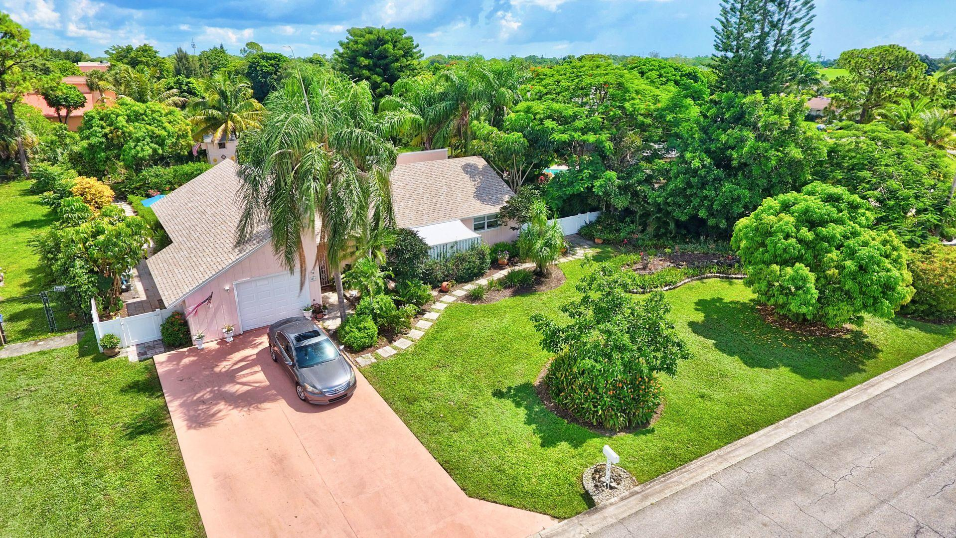 Home for sale in Willows The Second Add Royal Palm Beach Florida
