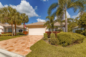 2848  Waters Edge Circle  For Sale 10637618, FL