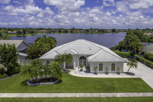 13571  Staimford Drive  For Sale 10638215, FL
