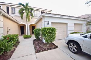 4679  Palmbrooke Circle  For Sale 10637771, FL