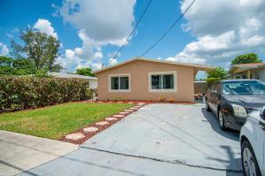 1652 W 10th Street  For Sale 10638422, FL