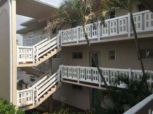 2770 S Garden Drive 204 For Sale 10637957, FL