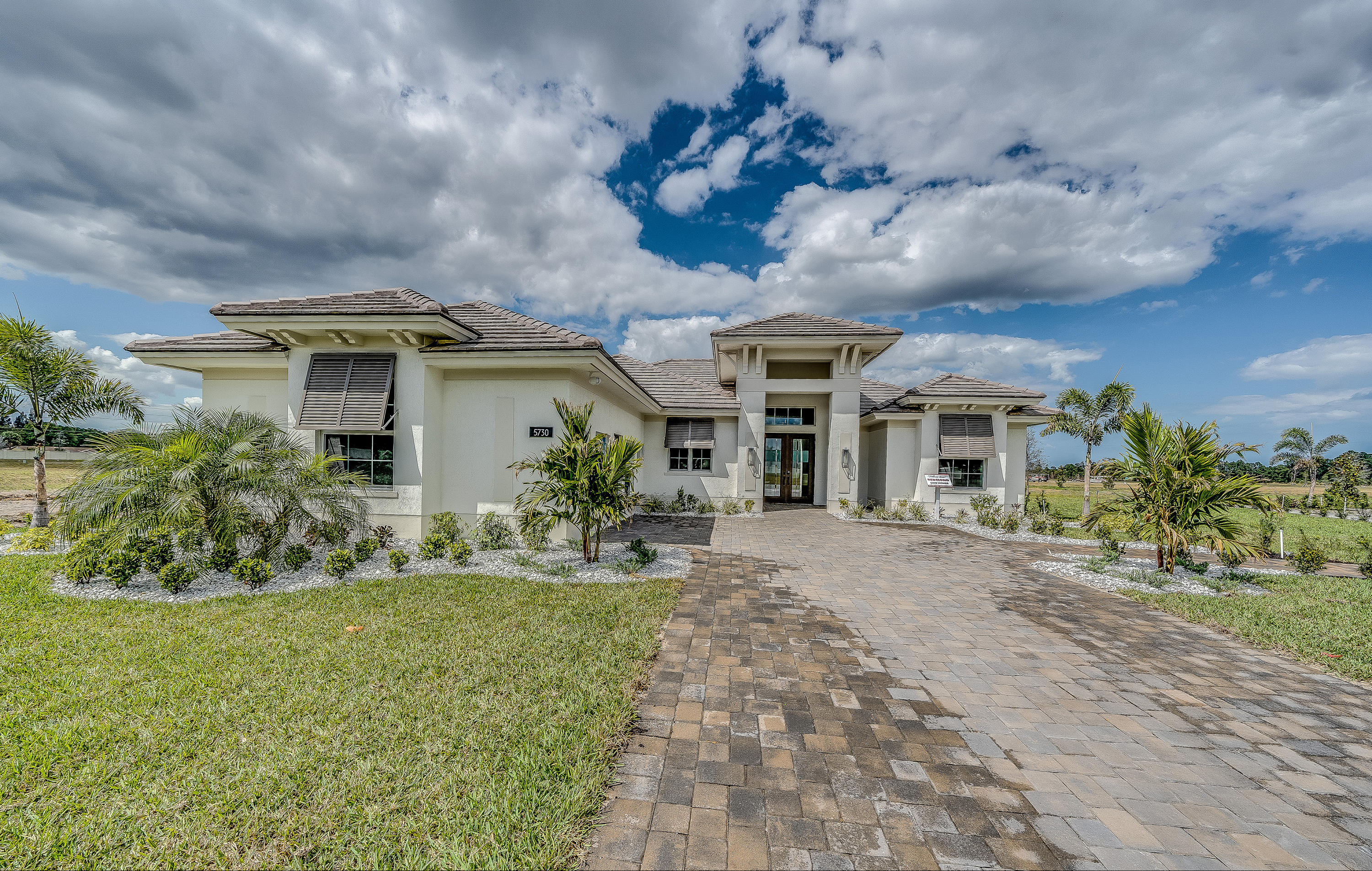 Photo of 5875 Lake Pine Road, Vero Beach, FL 32967