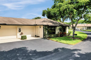 4845  Equestrian Circle B For Sale 10636735, FL
