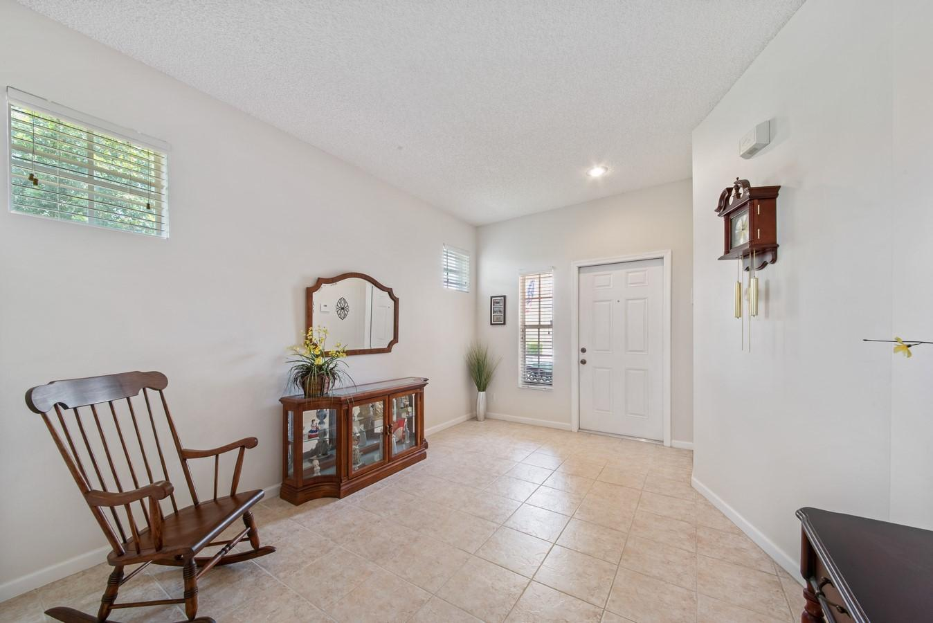 7851 Sienna Springs Drive Lake Worth, FL 33463 small photo 3