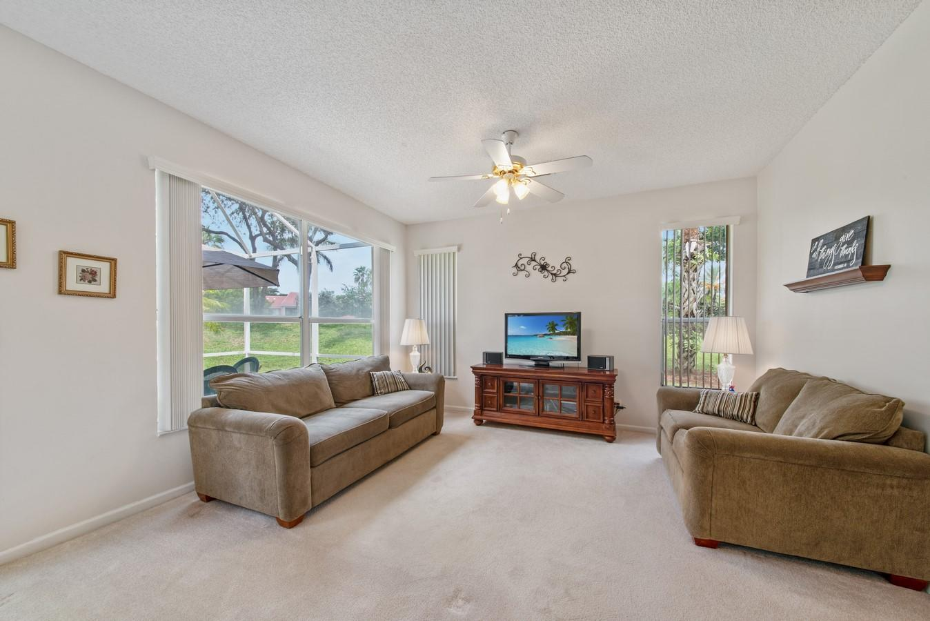 7851 Sienna Springs Drive Lake Worth, FL 33463 small photo 12