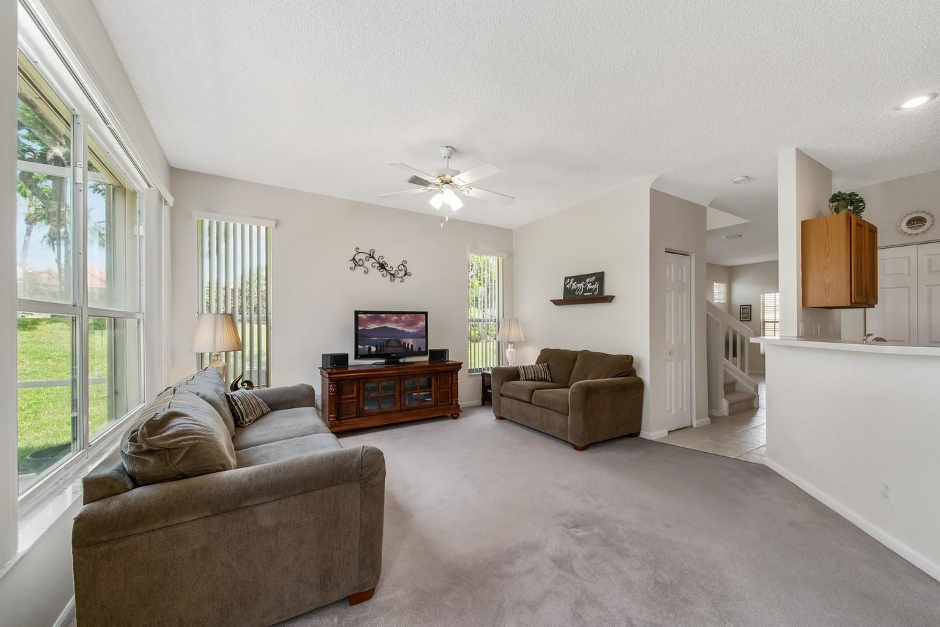 7851 Sienna Springs Drive Lake Worth, FL 33463 small photo 13