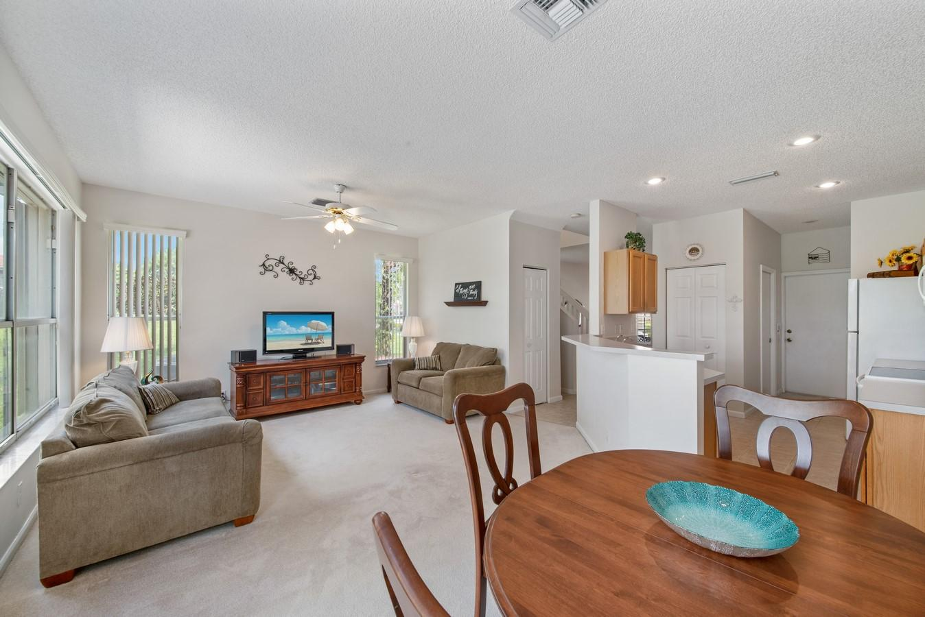 7851 Sienna Springs Drive Lake Worth, FL 33463 small photo 14