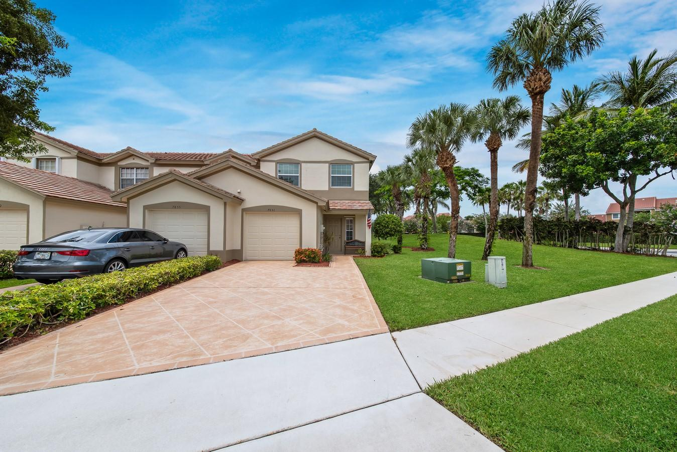 7851 Sienna Springs Drive Lake Worth, FL 33463 small photo 1