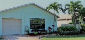 5743  Mirror Lakes Boulevard  For Sale 10638375, FL