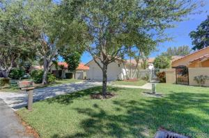 2145 NW 18th Street  For Sale 10638256, FL