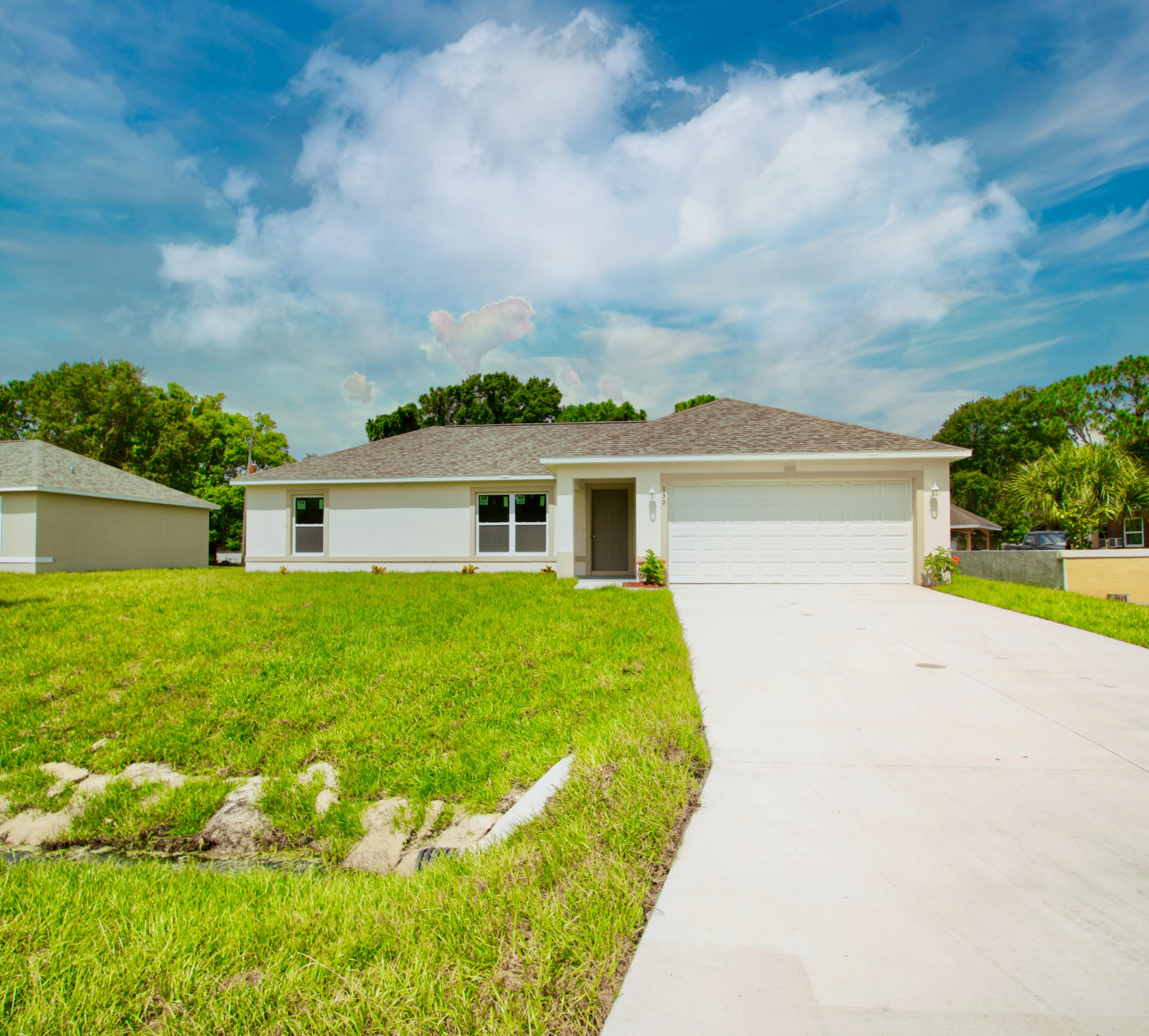 Photo of 130 S Oak Street, Fellsmere, FL 32948