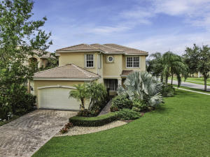 8847  Maple Hill Court  For Sale 10638373, FL