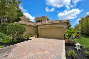 2719  Shaughnessy Drive  For Sale 10638468, FL
