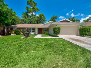 913  Lemongrass Lane  For Sale 10636976, FL