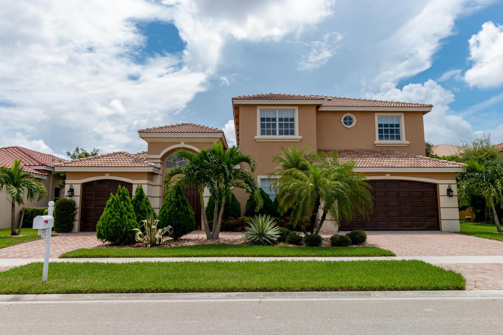 7253 Via Abruzzi, Lake Worth, Florida 33467, 6 Bedrooms Bedrooms, ,4.1 BathroomsBathrooms,Single family detached,For sale,Via Abruzzi,RX-10639093