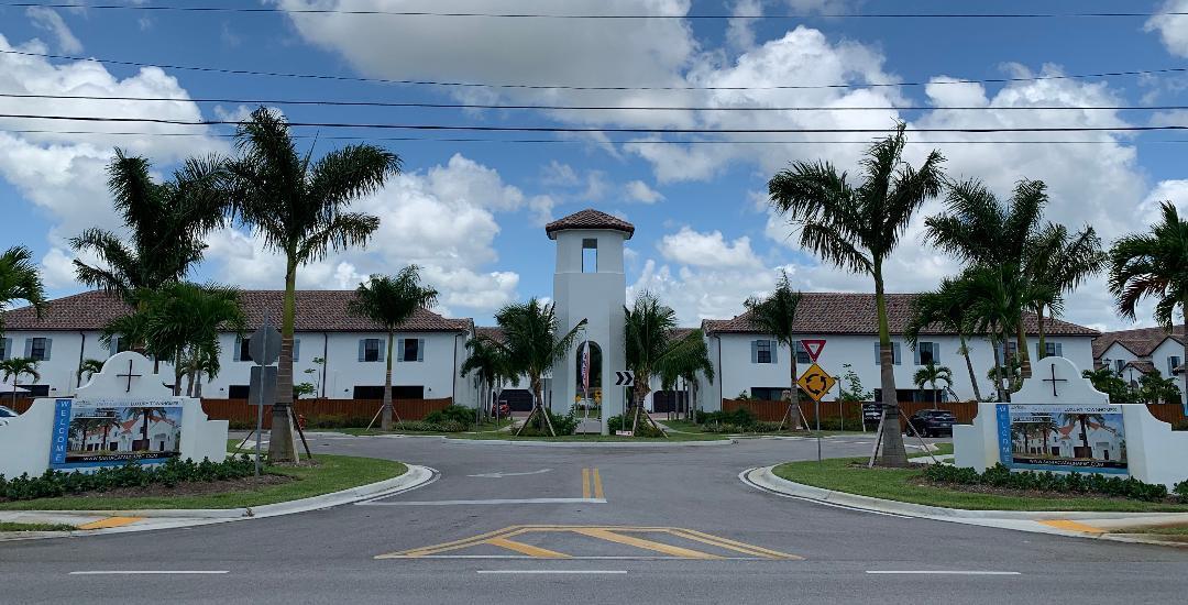 3197 S Jog Road  Greenacres FL 33467
