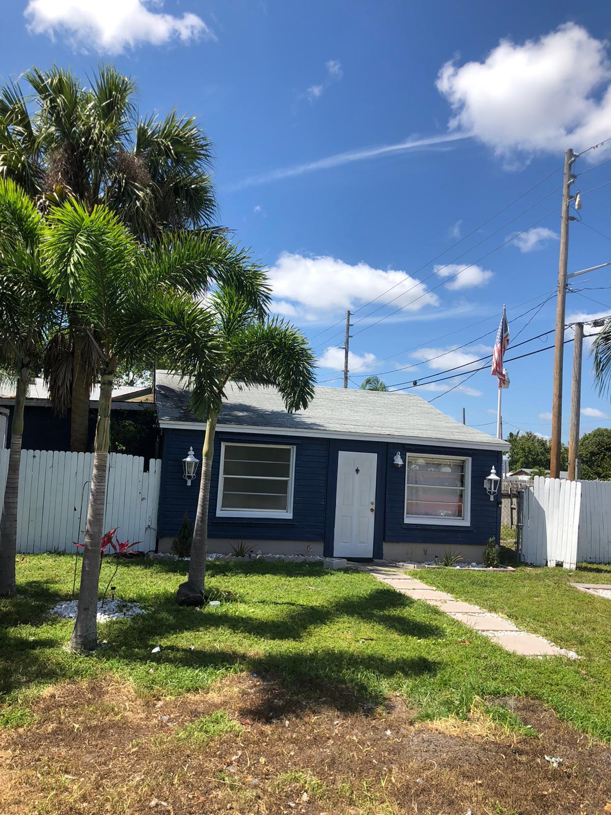 4763 Bertha Street Lake Worth, FL 33461