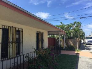 5615  Webster A Avenue  For Sale 10639398, FL