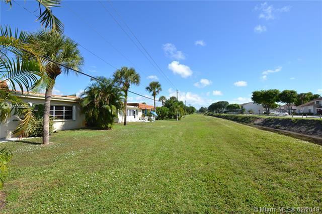 5730 Fernley Drive 58 West Palm Beach, FL 33415 photo 2