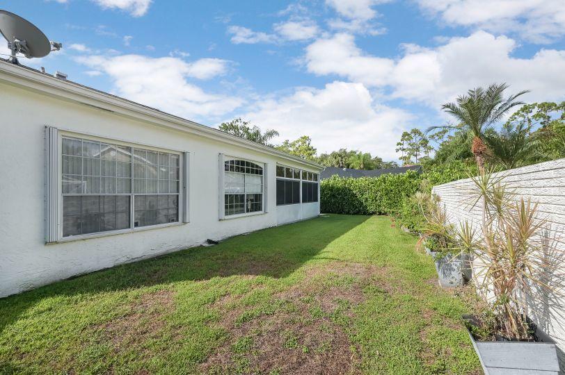 976 Lake Breeze Drive Wellington, FL 33414 photo 25