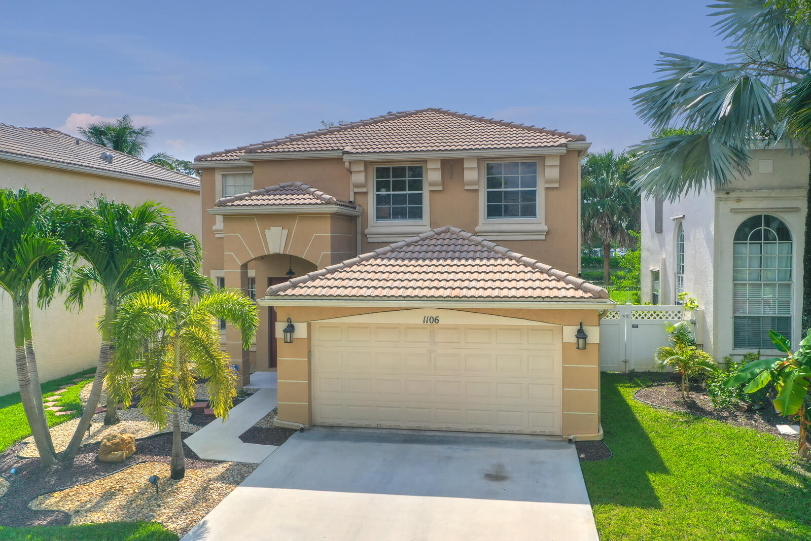 1106 Oakwater Drive Royal Palm Beach, FL 33411