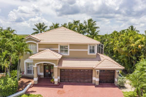 672  Cypress Green Circle  For Sale 10640464, FL