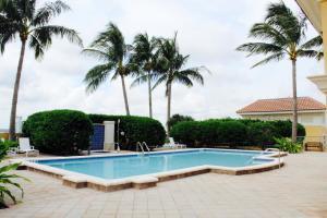 403 S Sapodilla Avenue 814 For Sale 10640244, FL