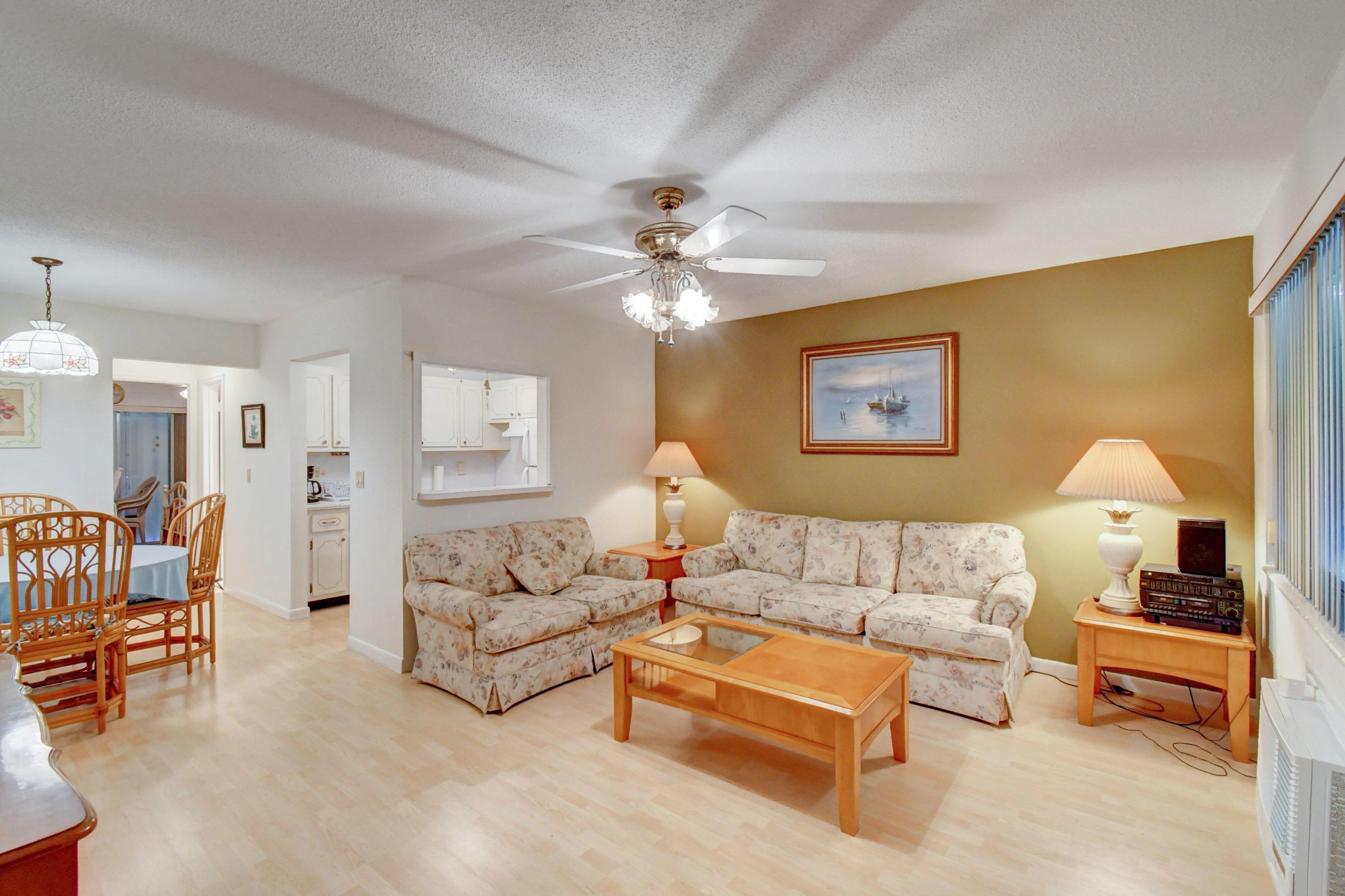 320 Horizons W 210  Boynton Beach FL 33435