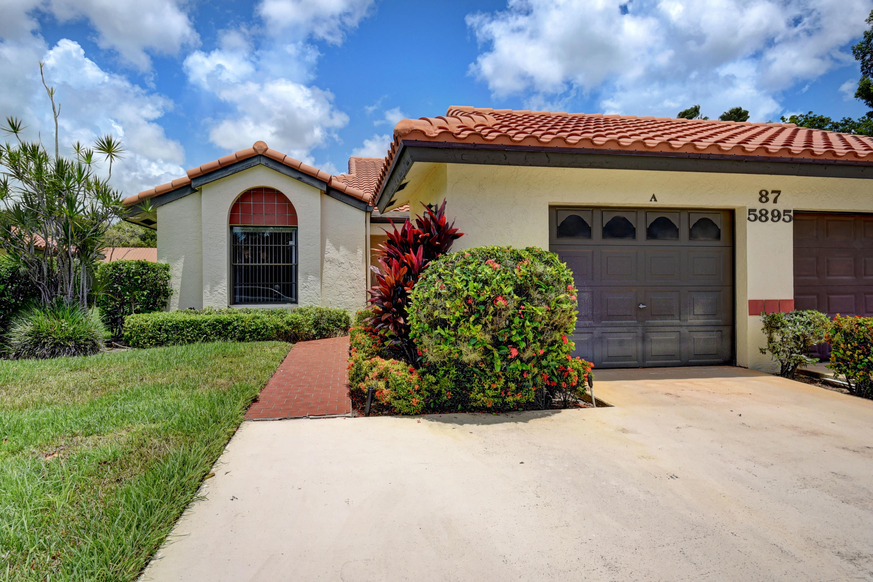 5895 Autumn Lake Lane A Boynton Beach, FL 33437 small photo 3