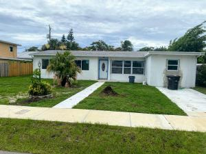 220  Gregory Place  For Sale 10640556, FL