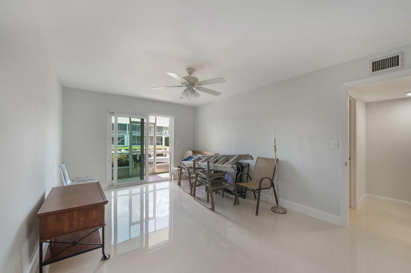 100 Doolen Court 111 North Palm Beach, FL 33408 photo 16