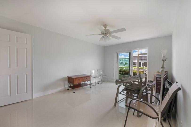 100 Doolen Court 111 North Palm Beach, FL 33408 photo 17