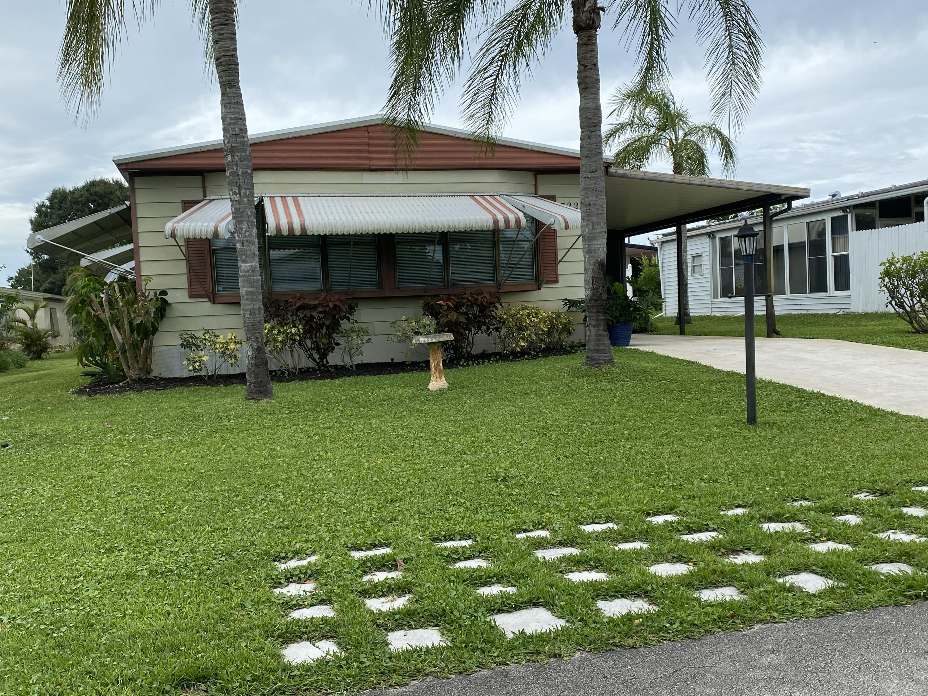 Home for sale in RIDGEWAY MOBILE HOME PLAT 8 Hobe Sound Florida