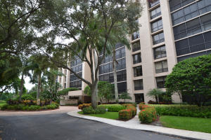 20100  Boca West Drive 175 For Sale 10642421, FL