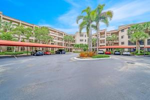 7546  La Paz Boulevard 205 For Sale 10640889, FL