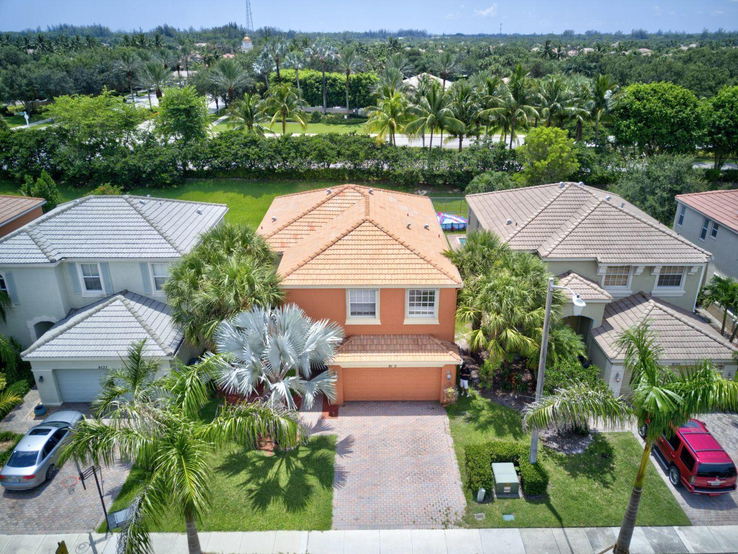 9135 Dupont Place Wellington, FL 33414