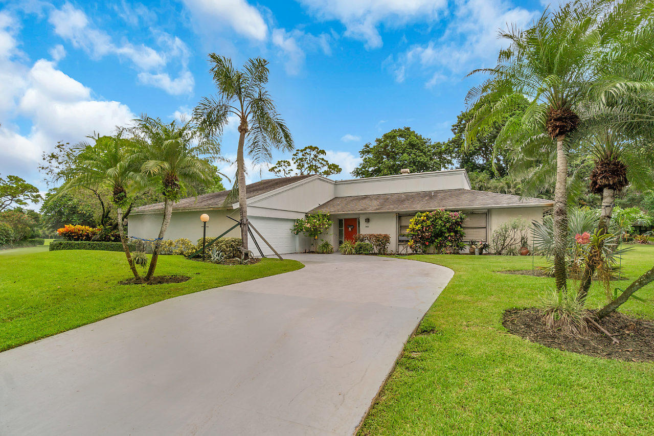 Home for sale in EASTPOINTE COUNTRY CLUB 8 Palm Beach Gardens Florida