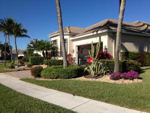 7026  Fairway Lakes Drive  For Sale 10641383, FL