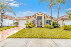 6158  Harbour Greens Drive  For Sale 10641389, FL